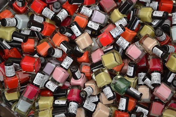 Image: Big pile of nail polish bottles, by Anna kropekk_pl on Pixabay