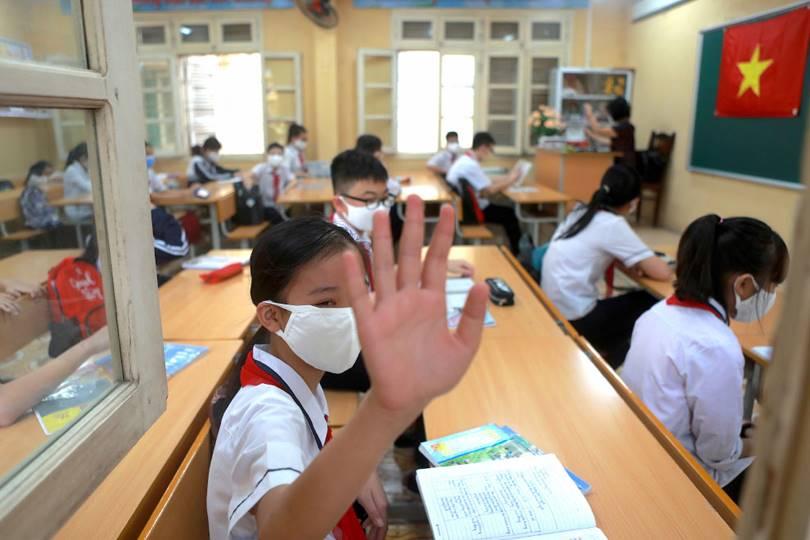 Bye-bye to everyone. (Photo by Hau Dinh)