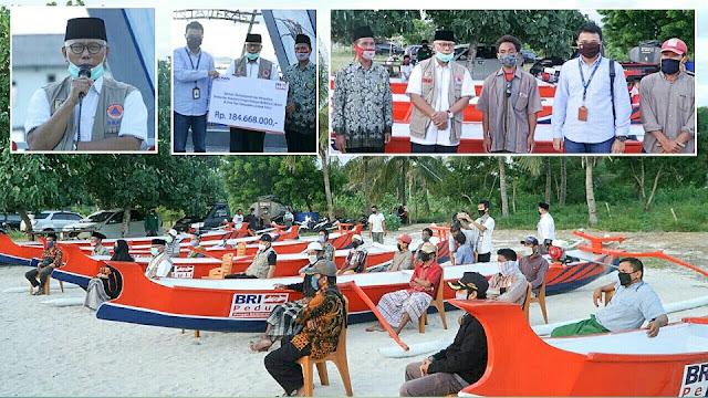 CSR BRI, Bangun Spot Selfie hingga Bagi-bagi Perahu untuk Nelayan Jerowaru