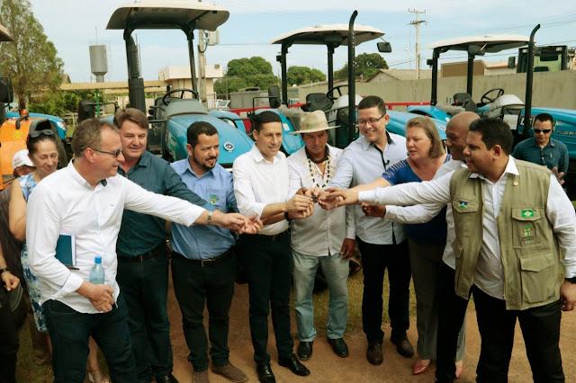 Maquinários e equipamentos entregues pelo Governo irão fortalecer o agronegócio e agricultura familiar de Guajará-Mirim