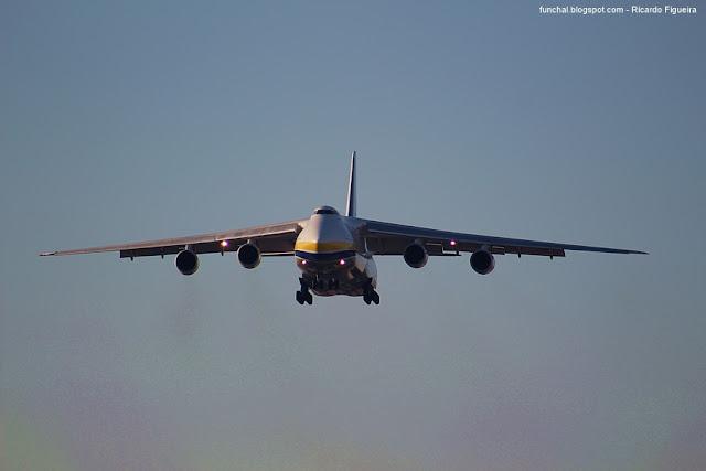 ANTONOV 124 100 UR-82029