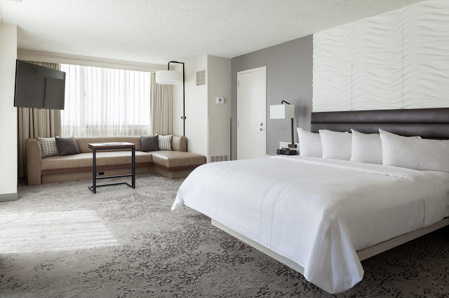 Cherish a true Florida vacation with access to all you need at Fort Lauderdale Marriott North. This modern hotel provides the ideal setting for relaxation and places you near top area destinations including Fort Lauderdale Beach, Pompano Beach, Holy Cross Hospital and Isle Casino® Racing Pompano Park.