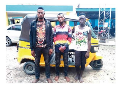 Pickpockets arrested while trying to rob  policeman in Lagos