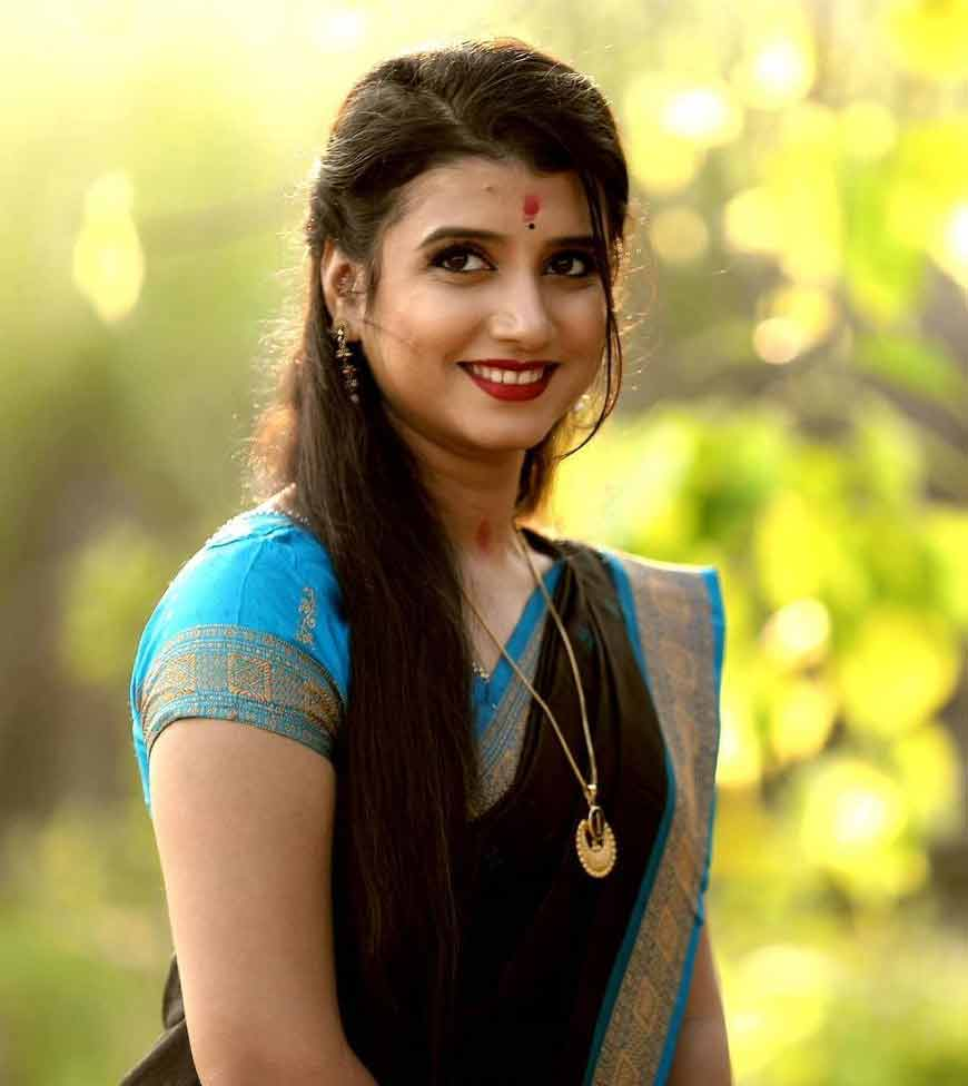 DiptiRekha Padhi Odia Singer Height, Weight, Age, Wallpaper, Family, Biography & Wiki