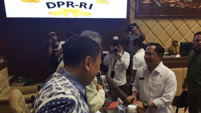 Telat Rapat dengan DPR, Mendagri Tito Ditegur