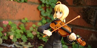 http://www.optimisticpenguin.com/2012/05/figma-saber-zero-ver-review.html