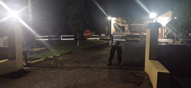 Personil Piket Polsek Patangkep Tutui Rutin Laksanakan Patroli Malam Disekitar Mako