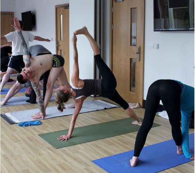Yoga pose of the day: Vasisthasana (Side Plank Pose).
