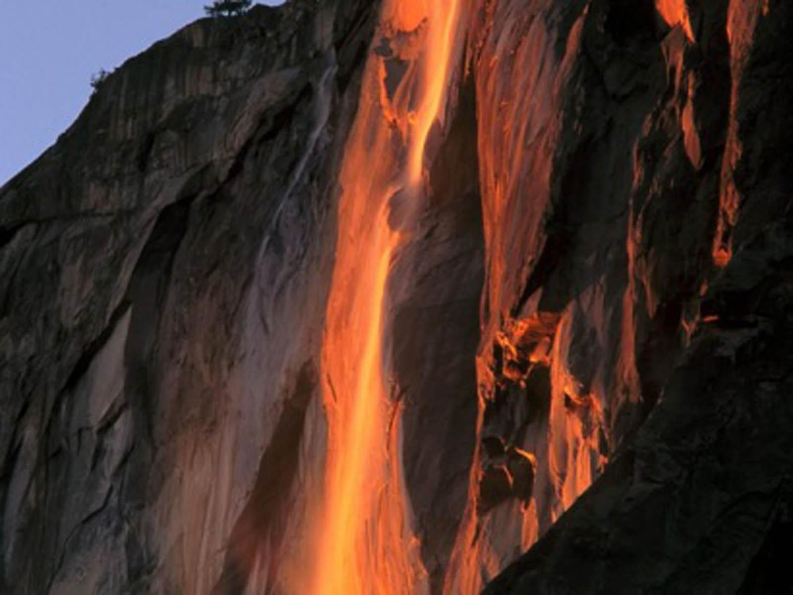 Yosemite Lava Falls Wallpaper Hd Wallpapers Horsetail Falls Yosemite National Park