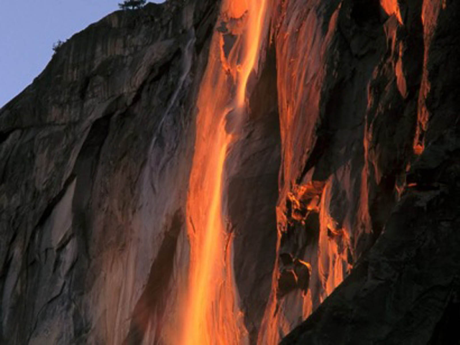 Yosemite Lava Falls Wallpaper Horsetail Falls Yosemite National Park California 2013