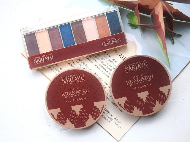 SARIAYU COLOR TREND 2016 EYESHADOW KIT AND EYESHADOW KRAKATAU K01 - K02 combination of warm neautral brown colors that is inspired by krakatau perfect for daily and glam makeup. Soft texture, easy to blend and affordable.