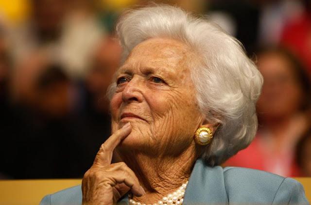 Barbara Bush, ex-primeira-dama dos Estados Unidos, morreu nesta terça-feira (17), aos 92 anos.