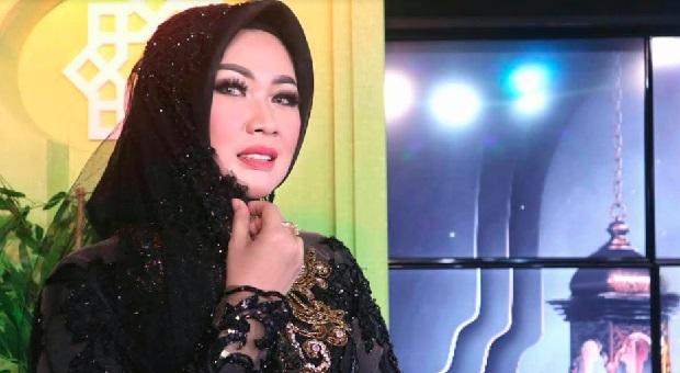 "Rika Rafika Luncurkan Single ""Labbaik"""