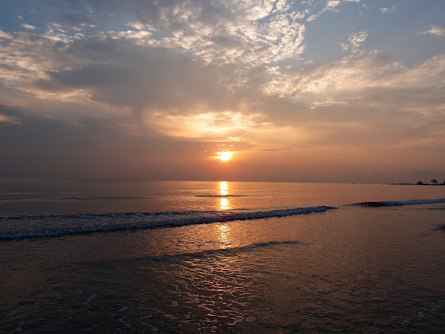 Sunrise at Tiara Desaru Homestay Beach