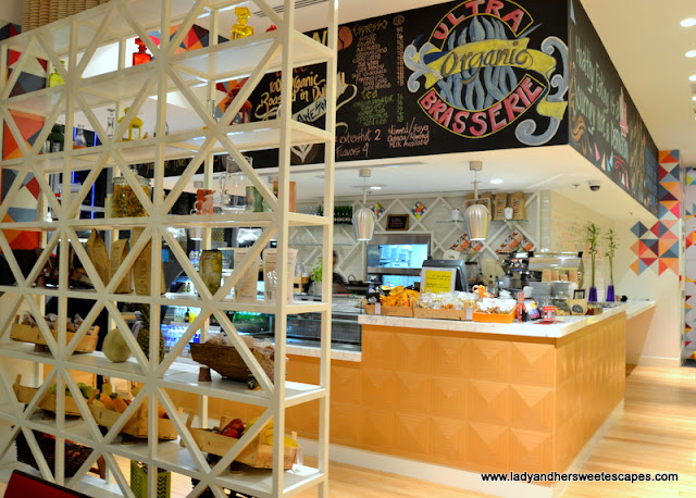 trendy cafe in Dubai Marina