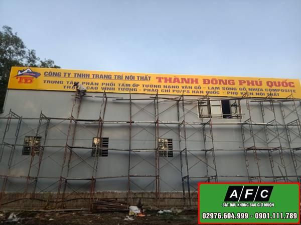 Thi công Pano quảng cáo ốp tường tại Phú Quốc