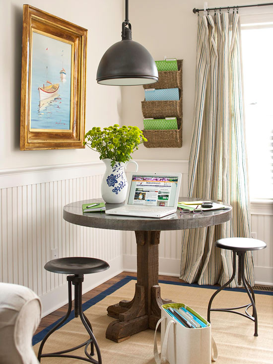 Small Space Solutions Living Room: Easy Solutions To Decorate A Small Space 2013 Storage