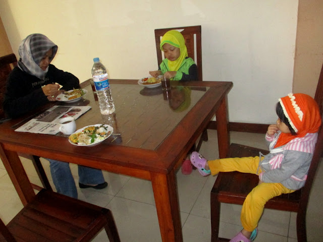 Sarapan di Hotel Setya Syariah Madiun