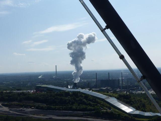 Emscher Landschaftspark Ruhrgebiet Ruhrpott Ausflug Bottrop Tetraeder Halde Beckstraße Wolkenfabrik