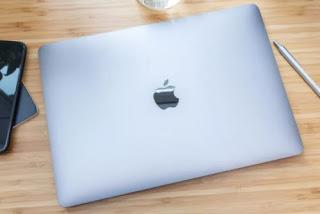 لاب توب Apple MacBook Pro مقاس 13 إنش