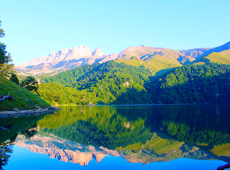 Maralgol Lake
