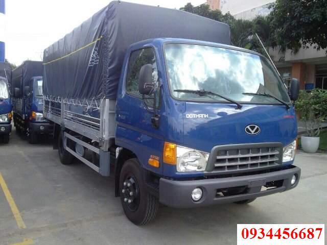 Xe tải HD120s 8 tấn thùng bạt