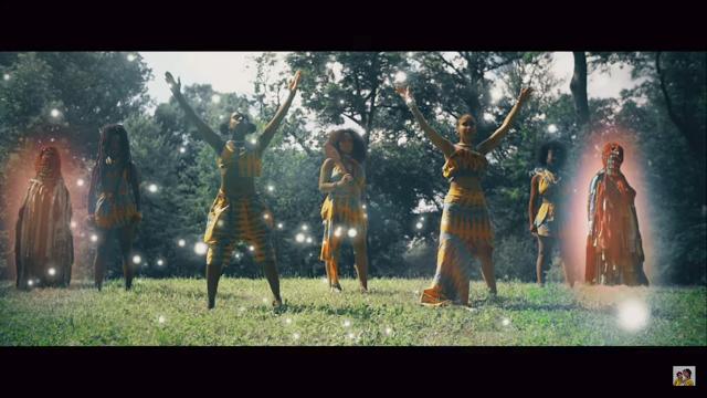 Abençoadas pela força de Oshun, o duo estadunidense lança clipe novo