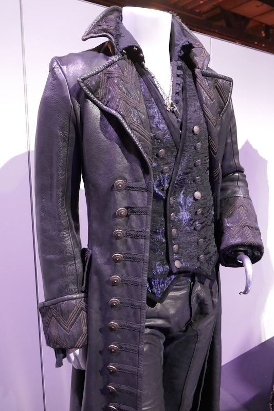 Once Upon a Time Hook costume