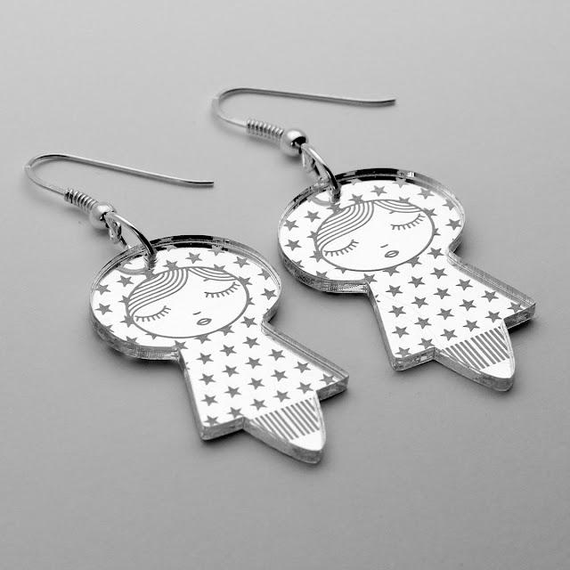 http://www.lesfollesmarquises.com/product/boucles-d-oreilles-poupees-etoiles-acrylique-miroir