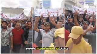 ( بالفيديو )مسيرة ضخمة في مدينة تطاوين رافضة للرسوم الكاريكاتورية المسيئة للنبي محمد صل الله عليه وسلم