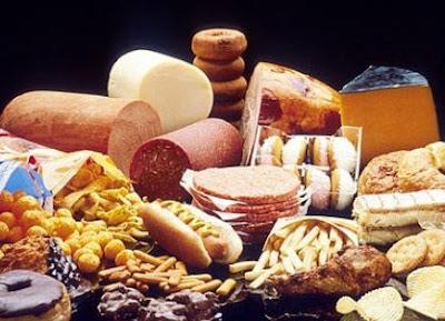 Pantangan bagi Penderita Tekanan Darah Tinggi atau Hipertensi