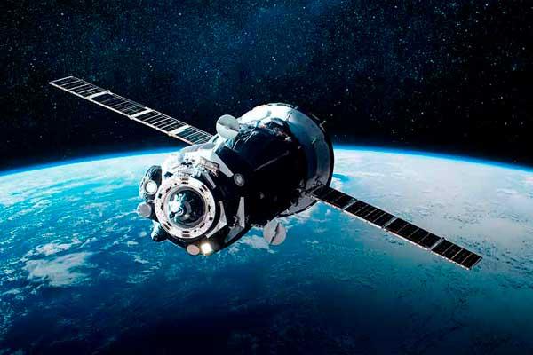 Japão criará satélites de madeira