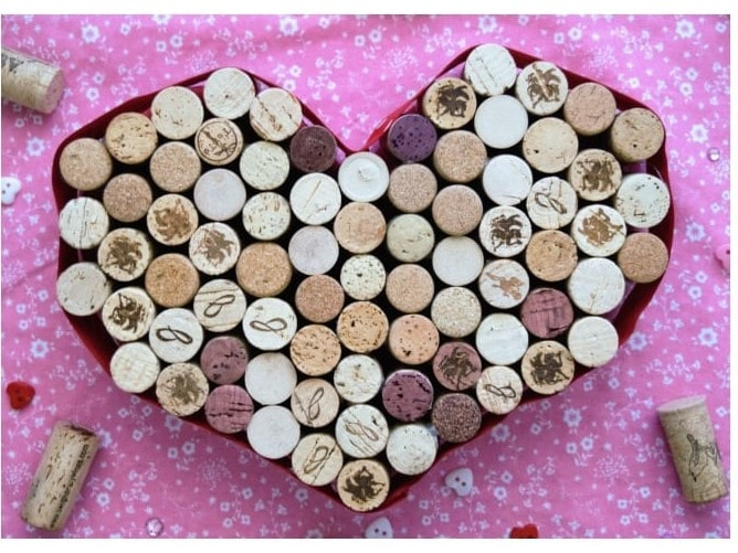 Cute, easy, homemade heart shaped wine cork trivet is perfect for Valentine's Day