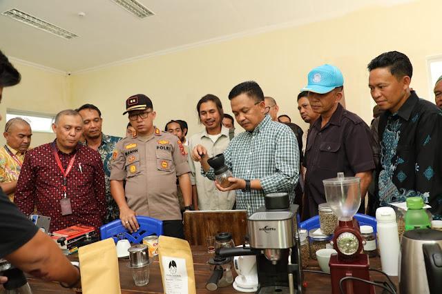 Launching Sentra Kopi Banyorang, Bupati Harap Kopi Bantaeng Dapat Bersaing di Kancah Internasional