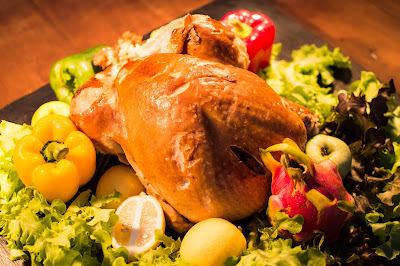 صورة لوجبة من الدجاج مشوي لذيذة جدا