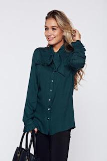 Camasa dama PrettyGirl verde-inchis eleganta cu volanase la maneca1