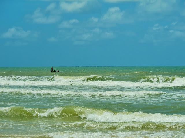Mar de Itaúnas, no Espírito Santo.