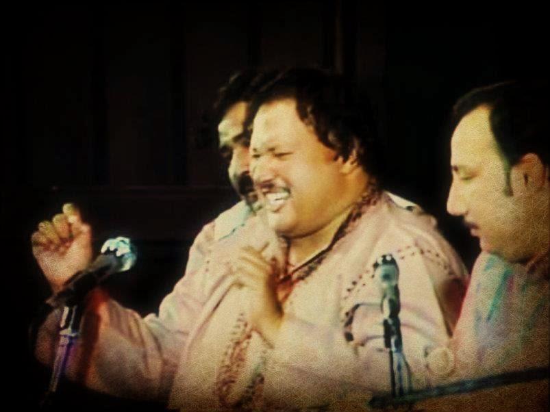 Mere Baad Phir Kisi Se Kabhi Na Tum Piyar Karna Ghazal By Ustad Nusrat Fateh Ali Khan