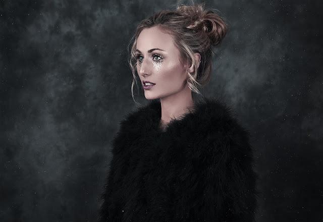 Bianca Bazin Unveils 'Heartbroken Fool' Video