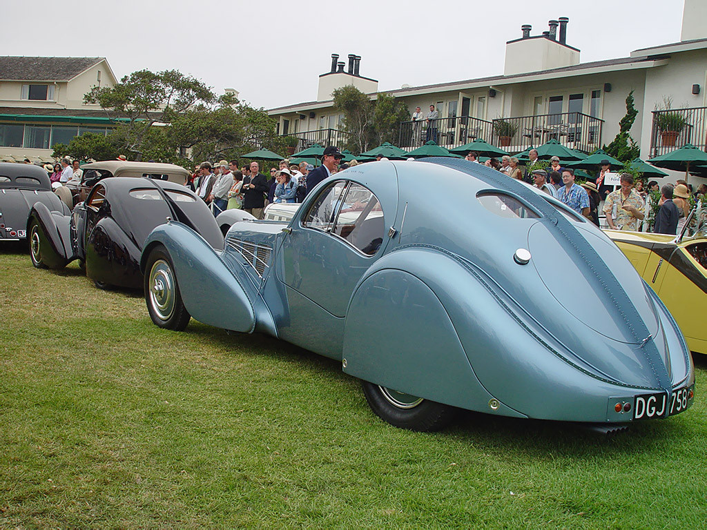 deadly curves the last gasp of bugatti the 1952 type 101. Black Bedroom Furniture Sets. Home Design Ideas