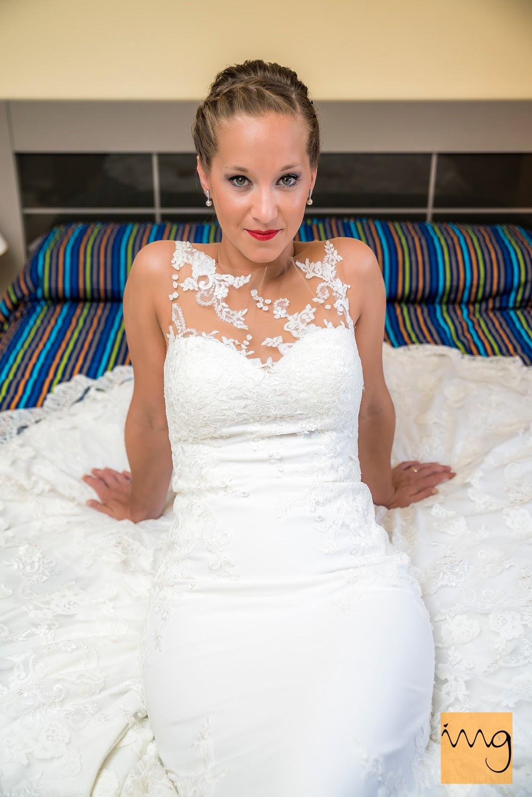 Fotografía posada de boda en casa de la novia