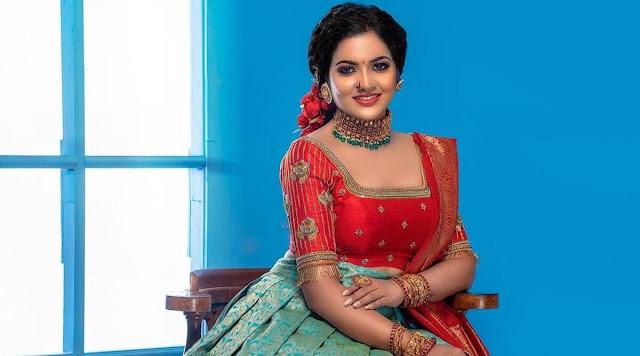 VJ Chitra, aktris populer, ditemukan tewas di kamar hotel Chennai, polisi mencurigai bunuh diri