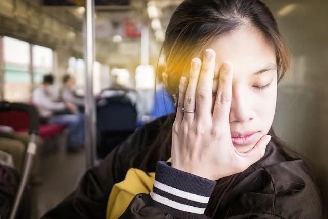 Cara Agar Tidak Mabuk Ketika Dalam Perjalanan Naik Bus/Mobil