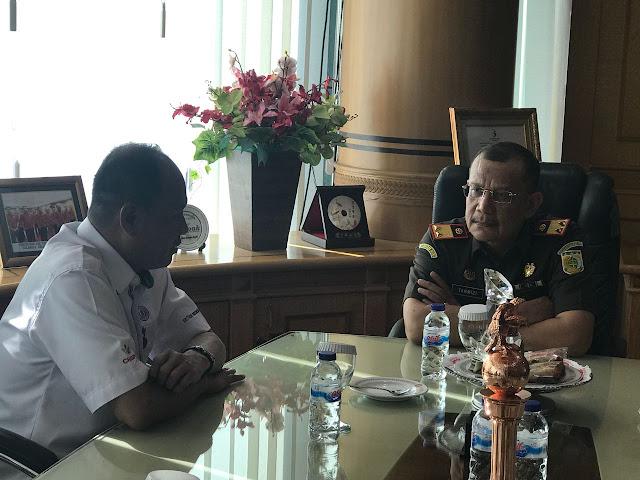 Kajati Sulsel Tegaskan Stok Semen Tonasa Harus Selalu Cukupi Kebutuhan Masyarakat dan Pembagunan Indonesia