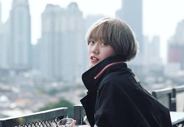 Lebih Mengenal Youtuber Ria SW