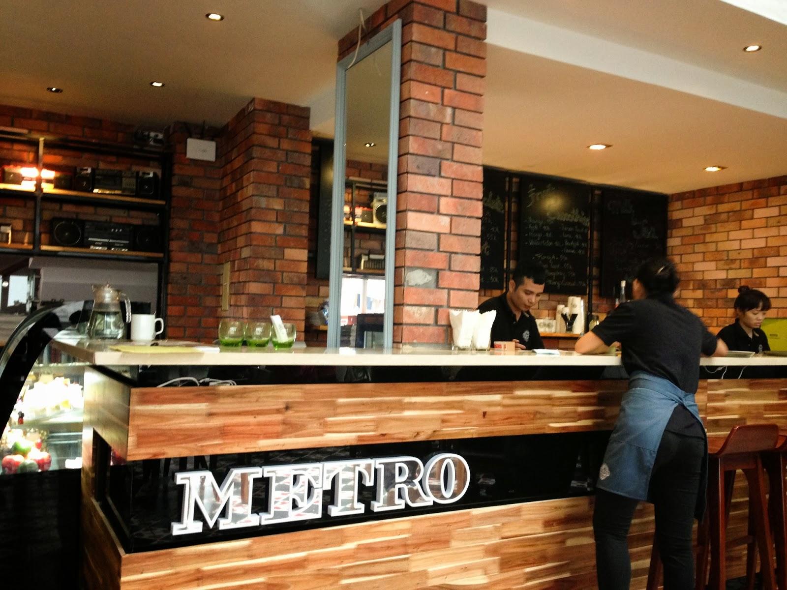 METROCAFE-hanoi-vietnam メトロカフェ店内