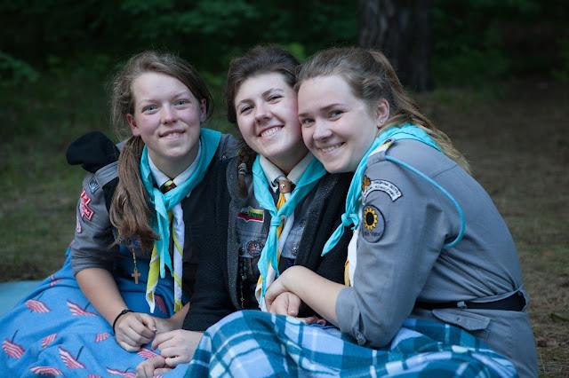 Przyjaźń, harcerstwo, scout girls