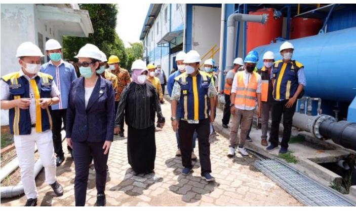 Anggota Komisi V DPR RI Cen Sui Lan Meninjau Pengelolaan Sea Water Reverse Osmosis di Batu Hitam