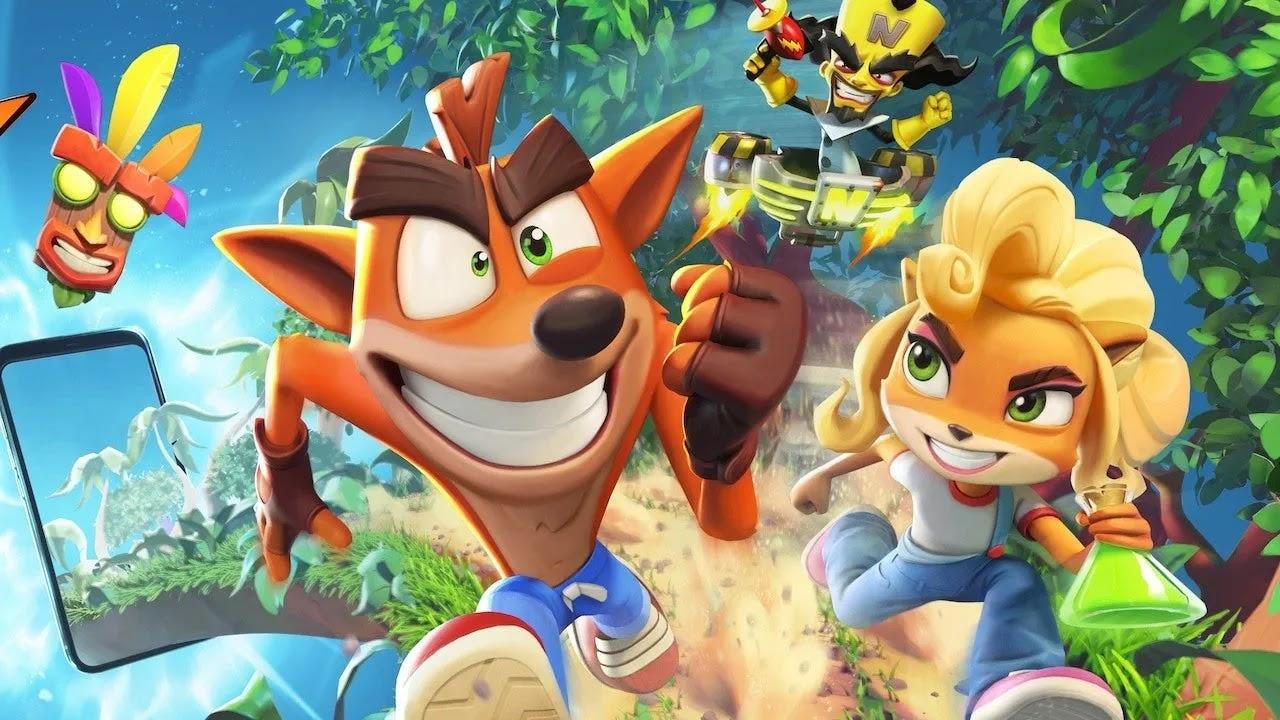 فكر بسرعة للحفاظ على Crash and Coco قيد التشغيل والقفز والدوران والتحطيم في الممرات المحملة بالعقبات  Crash Bandicoot Mobile