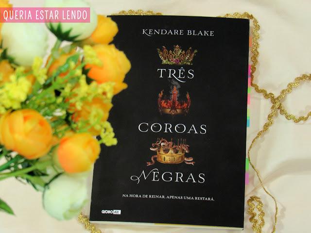 Resenha: Três Coroas Negras